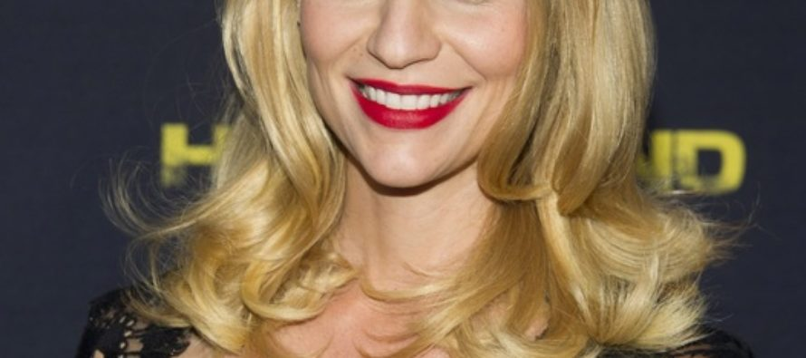 Claire Danes excited about becoming a mom