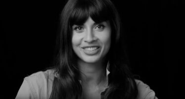 Jameela Jamil's make up lessons