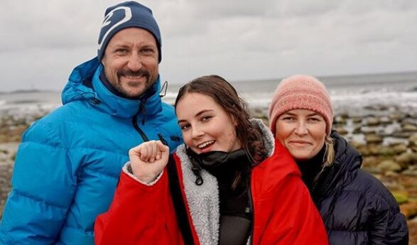 Princess Ingrid Alexandra wins gold in Norway's Junior National Championship in surfing